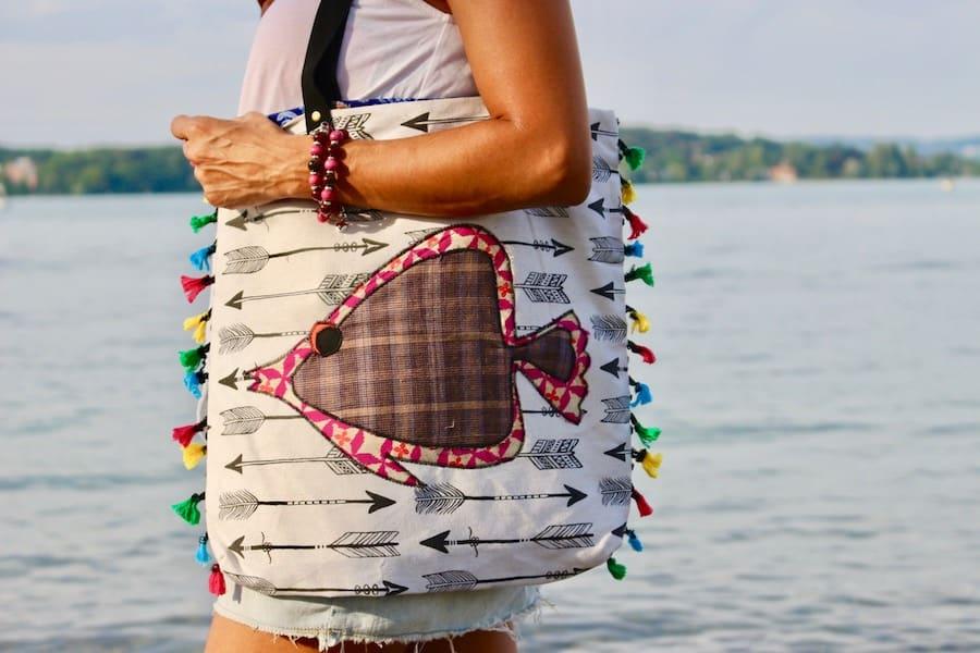 Stoffumhängetasche mit Lederriemen, Unikat, handgefertigt aus Costa Rica